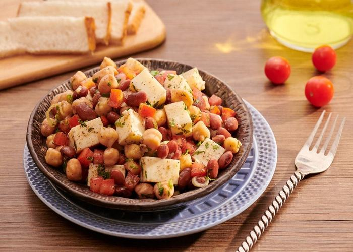 Crunchy Egg White And Bean Salad Skm Best Eggs