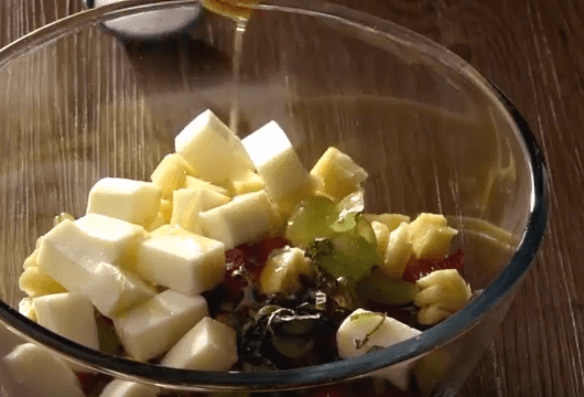 Egg white fruit salad 1-min